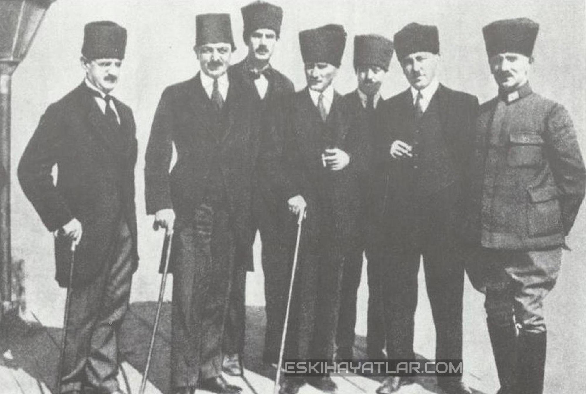ataturk-izmir-gunleri-mustafa-kemal-pasa-1922-izmir-fotograflari (2)