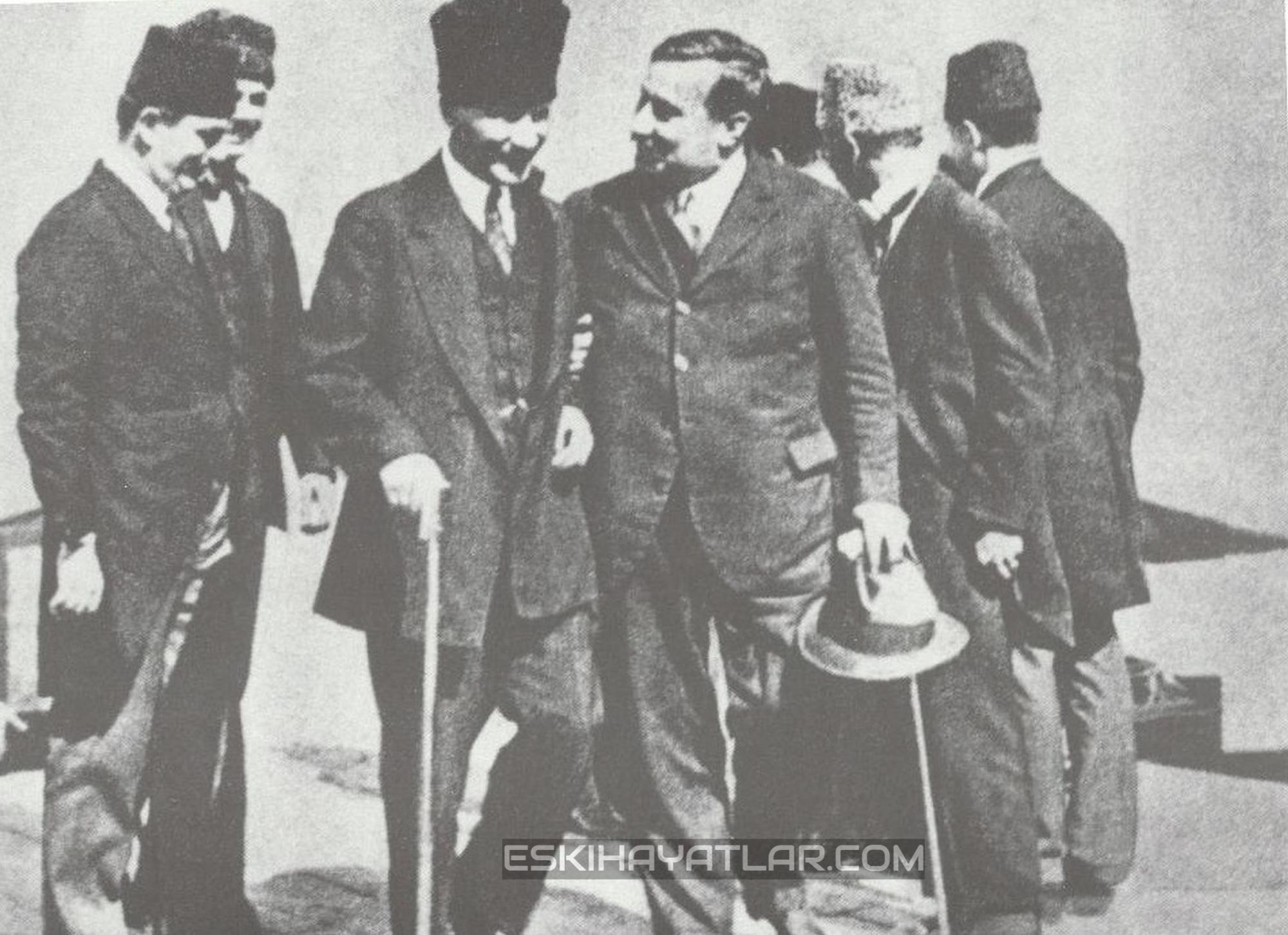 ataturk-izmir-gunleri-mustafa-kemal-pasa-1922-izmir-fotograflari (3)