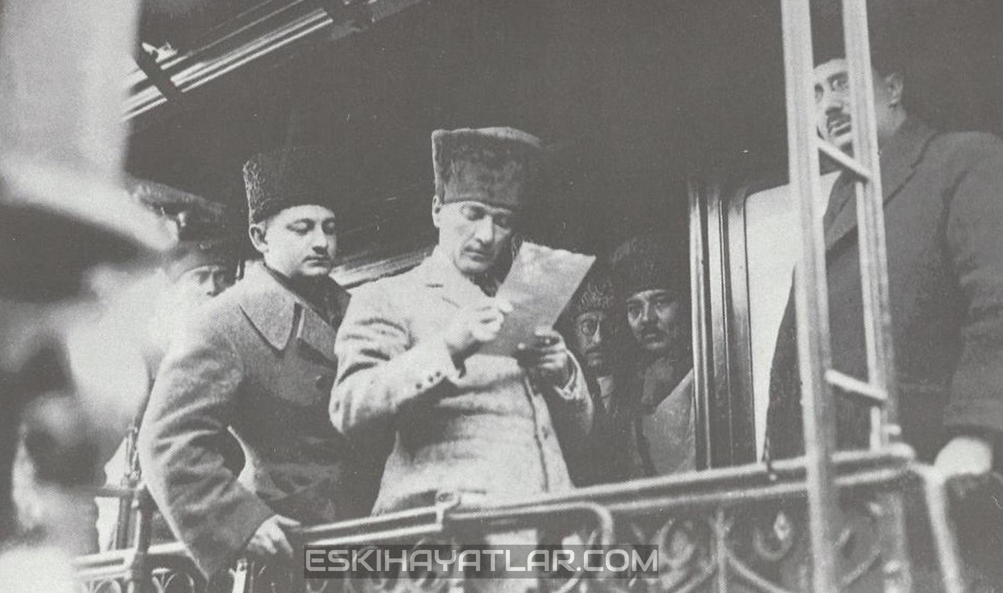 ataturk-izmir-gunleri-mustafa-kemal-pasa-1922-izmir-fotograflari (5)