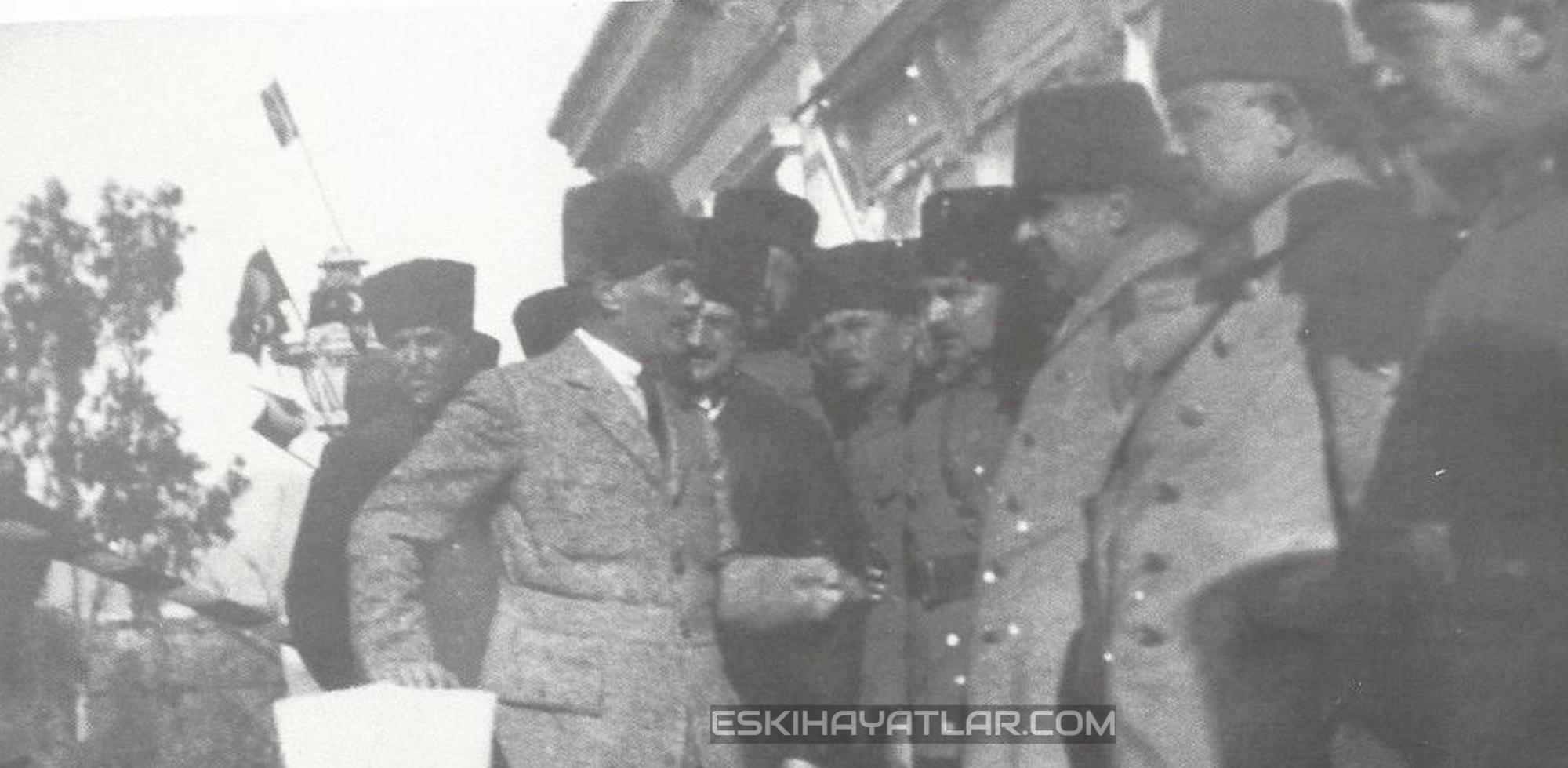 ataturk-izmir-gunleri-mustafa-kemal-pasa-1922-izmir-fotograflari (6)