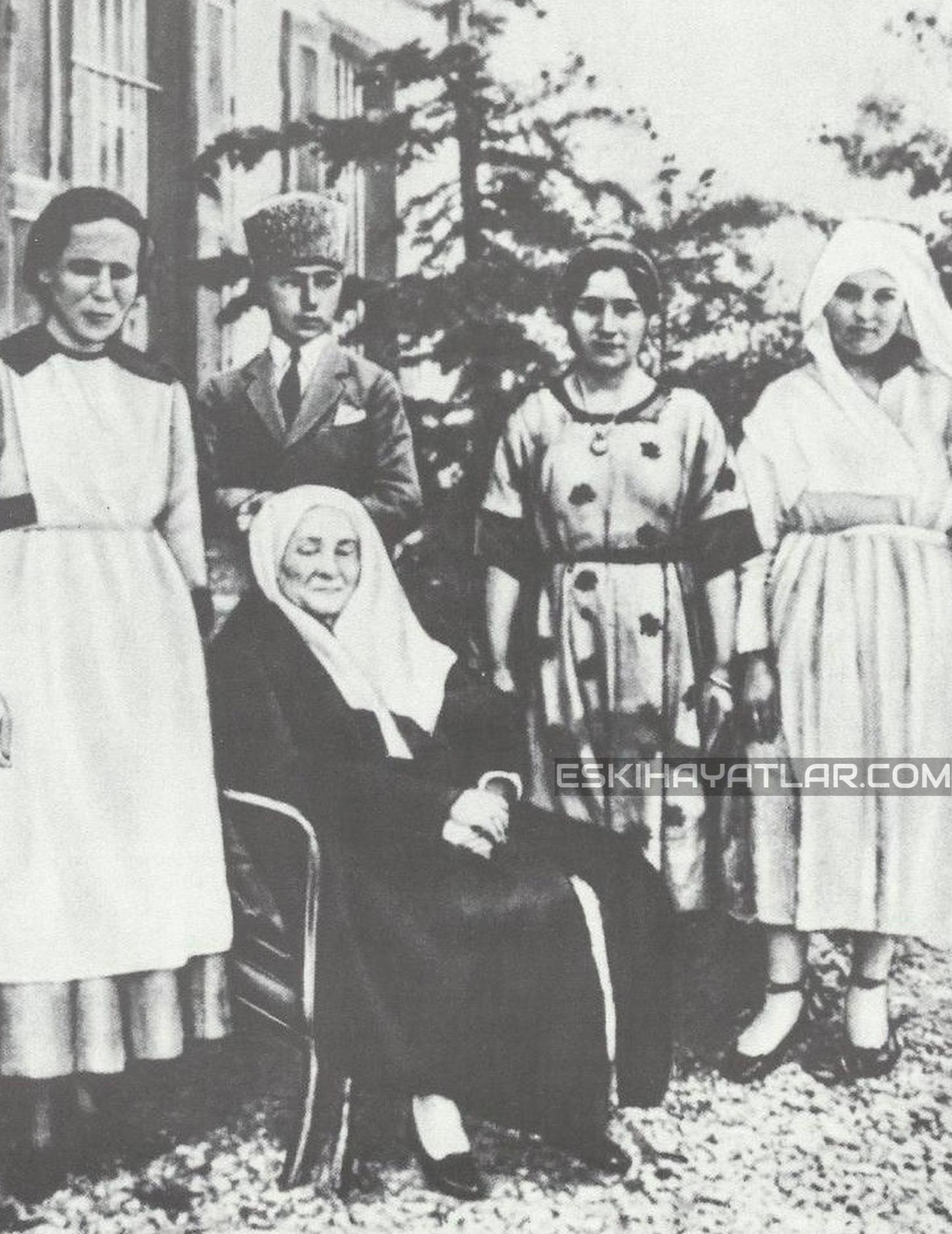 ataturk-izmir-gunleri-mustafa-kemal-pasa-1922-izmir-fotograflari (8)