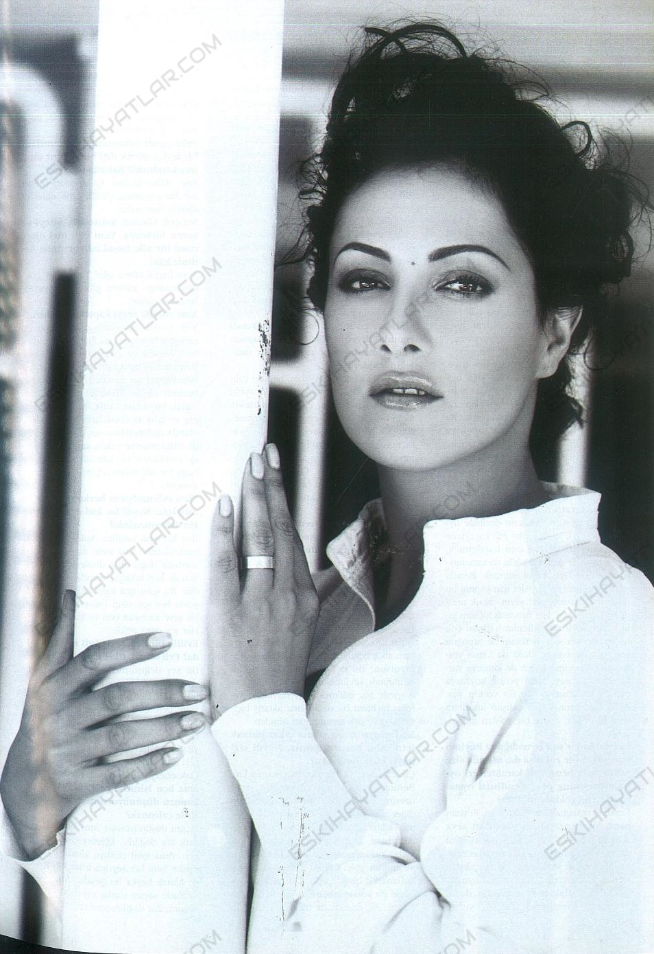 meltem-cumbul-roportaji-abdulhamit-duserken-karisik-pizza-filmi-2003-vizyon-dergisi (5)