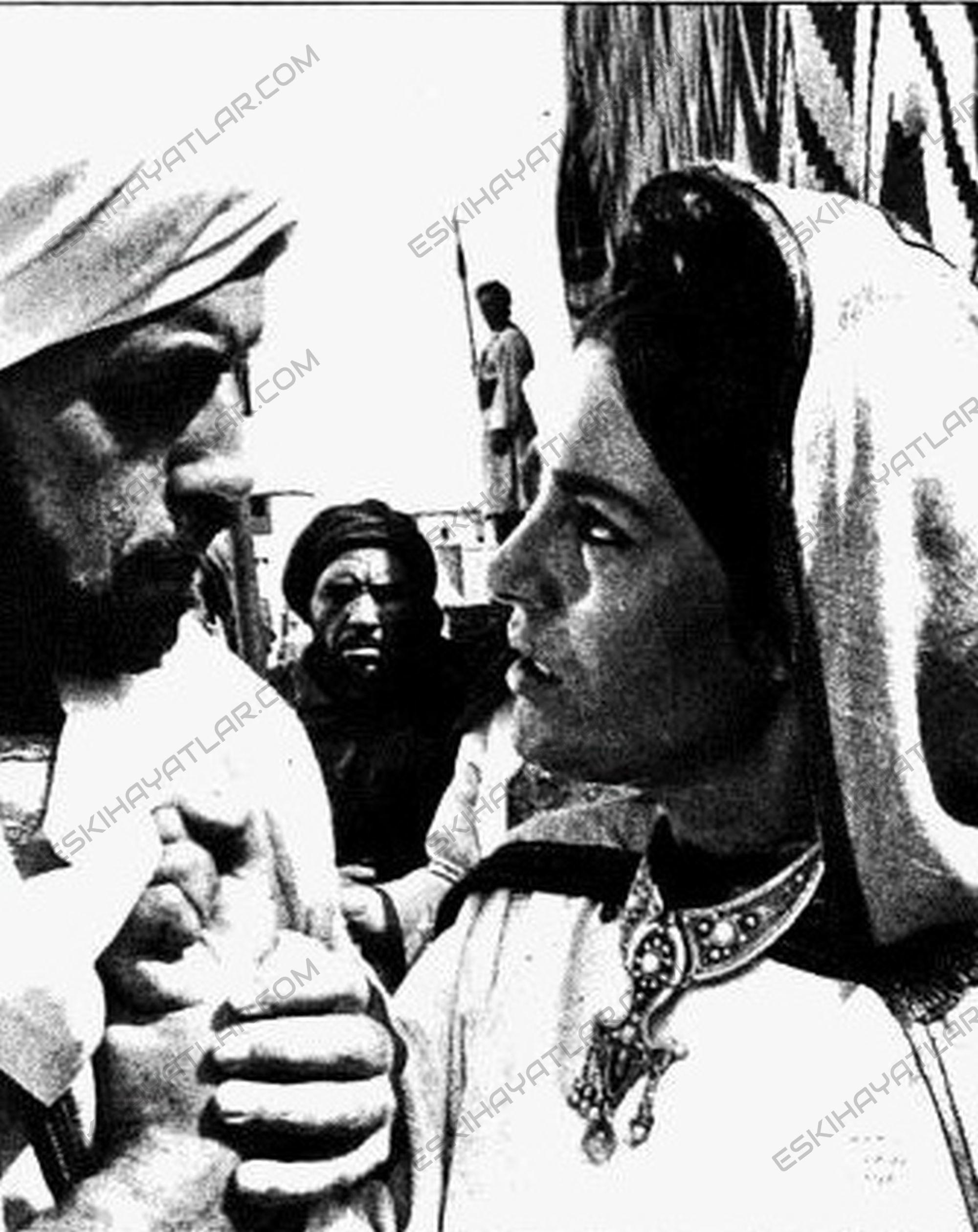 mesaj-filmi-hazreti-muhammed-filmi-1975- (4) (1)