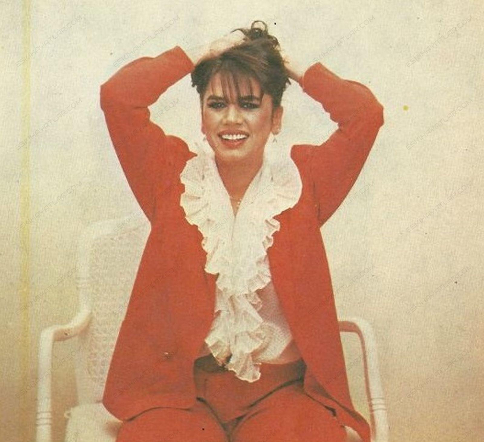 0365-sezen-aksu-ile-normal-bir-soylesi-1982-kadinca-dergisi (5)
