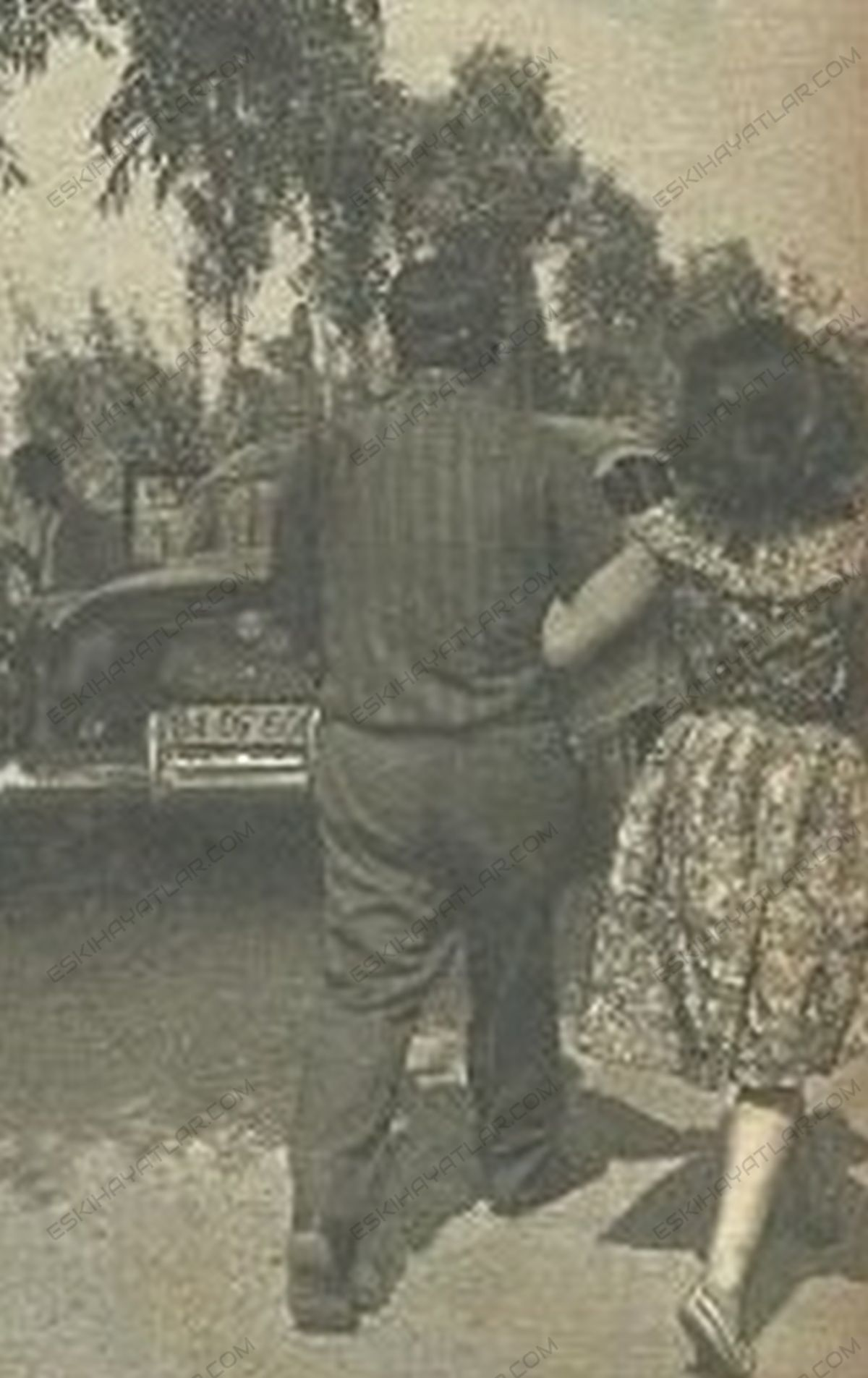 0371-semra-sar-kimdir-semra-sar-fotograflari-1964-ses-dergisi-arsivleri (5) (1)