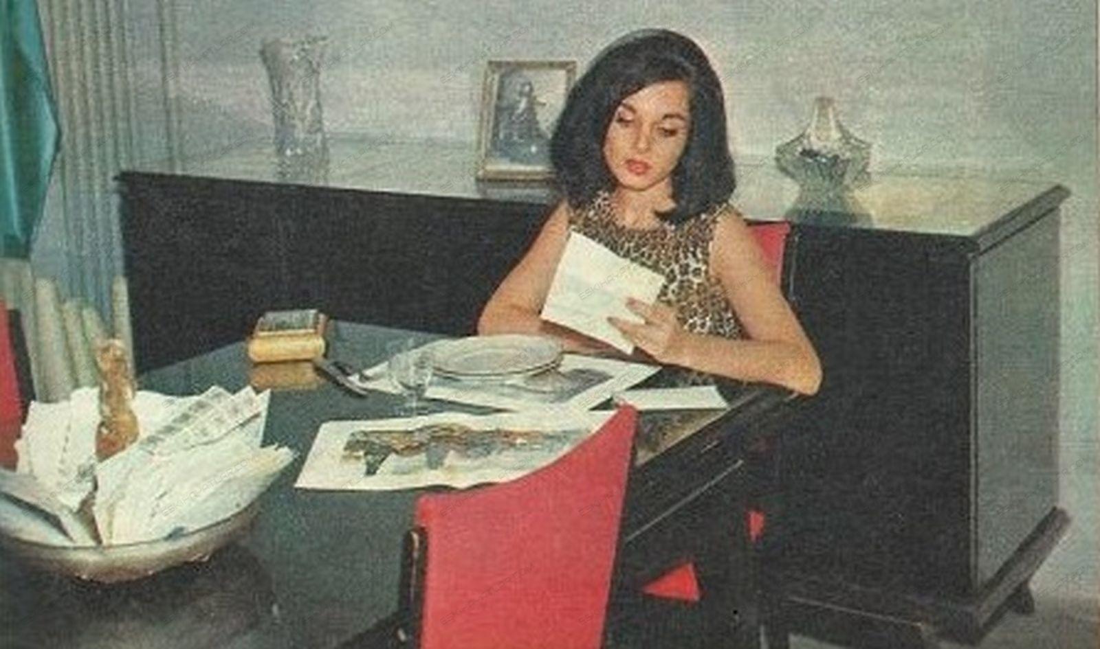 0410-leyla-sayar-roportaji-1964-ses-dergisi-artistler-ve-evleri (4)