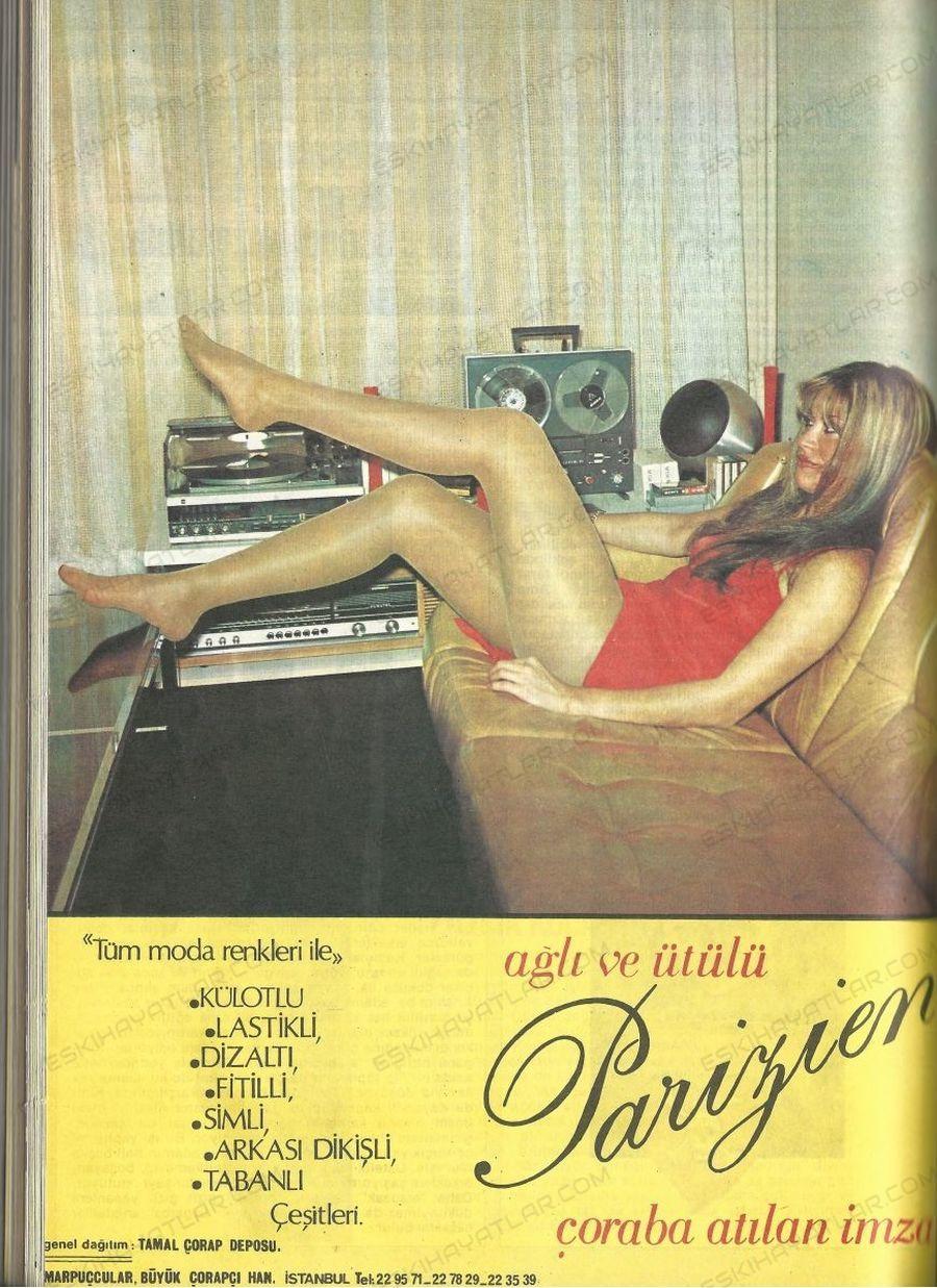 0237-agli-ve-utulu-parizien-corap-reklami-1982-yilinda-kadin-giyimi-marpuccular